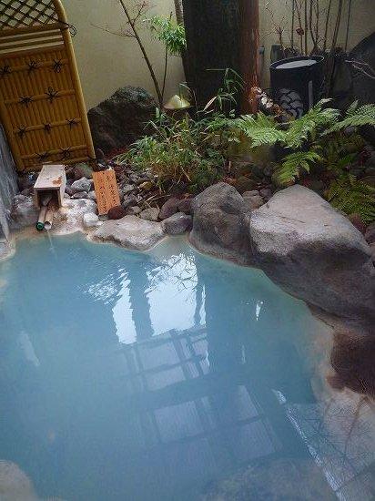 ... 温泉 一禅|大分温泉旅 家族風呂